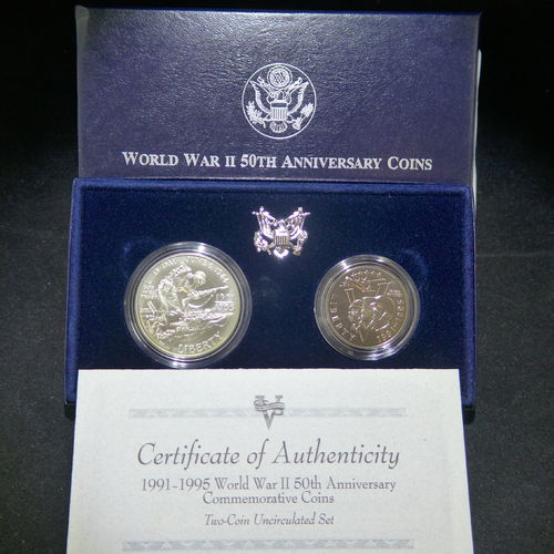1993 World War II Commemorative Silver Dollar & Clad Half BU