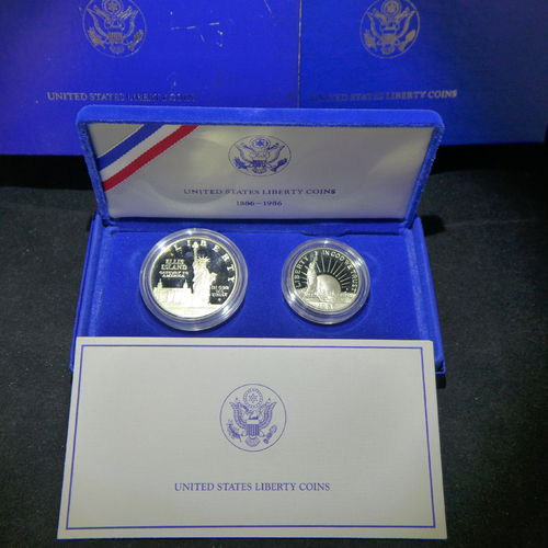 1986 Statue of Liberty Commemorative Proof 2 Piece Set Silver Dollar & Clad Half