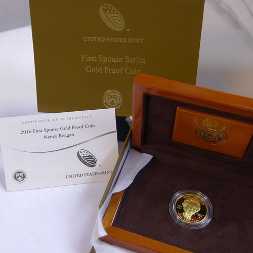 "2016 $10 First Spouse ""Nancy Reagan"" 1/2 oz Fine Gold Proof Coin (with Box & COA)"